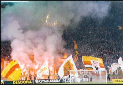 Roma Fans and Smoke