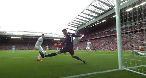 David De Gea Foot Save