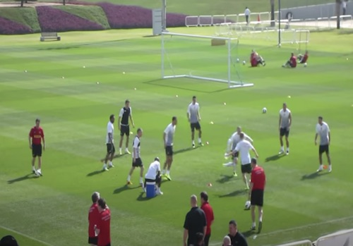 Manchester United Warm Up