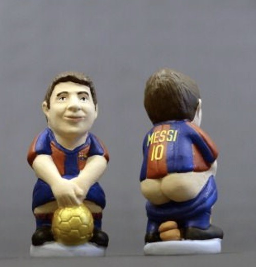 Messi Pooping