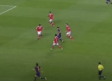 Messi Surrounded by Benfica