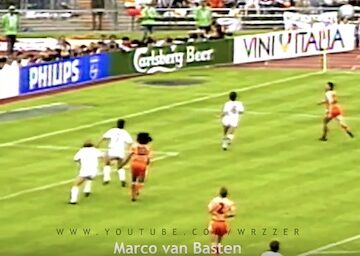 Marco van Basten Volley