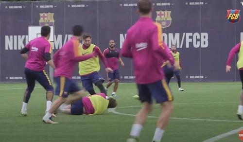 Angry Messi Training Dribbling Run