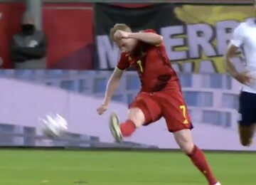 Kevin De Bruyne Outside of the Foot Pass