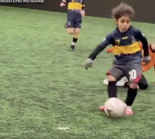 Arat Hosseini Liverpool